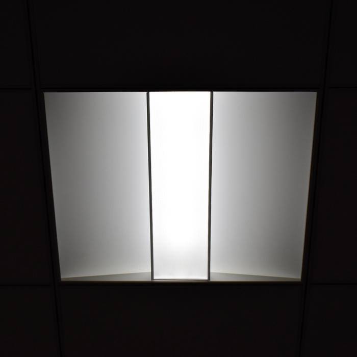 2x2 LED Troffer Light Fixture