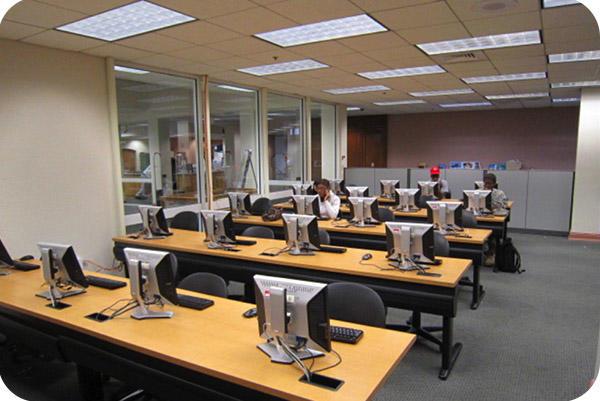 OKT 4ft 18W 4000K LED Tube In University Florida In 2014