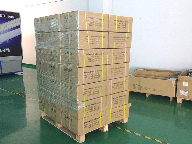 R6 Pallets of products