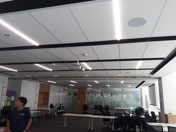 T-Grid Light for Conference Room